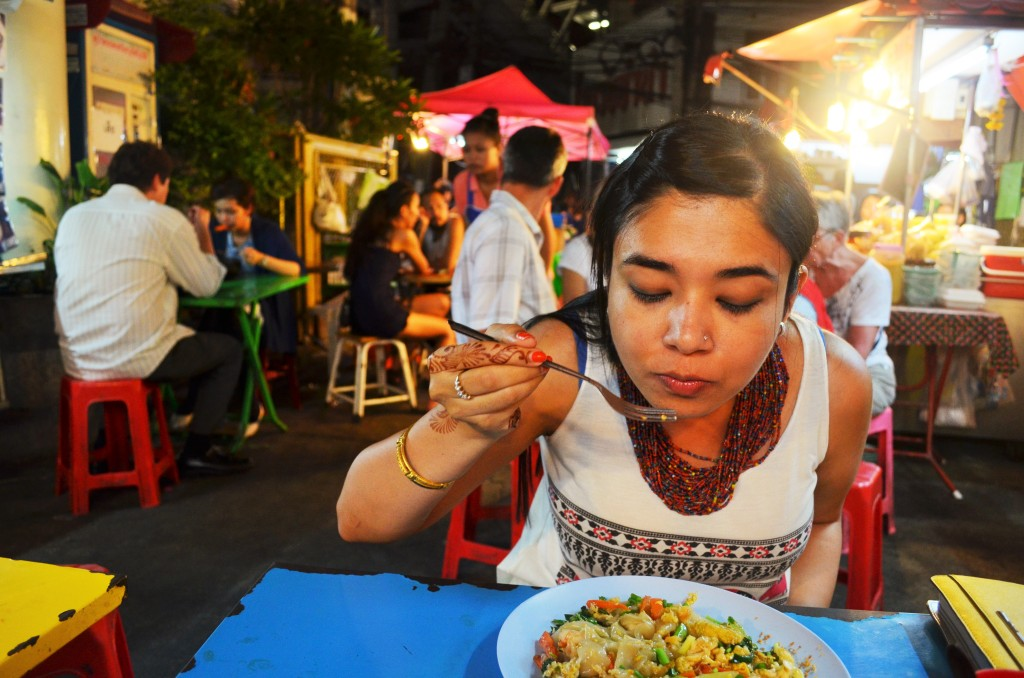 Having some street-style Pad Thai at the Soi 38 Night Market